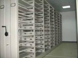 密集架储藏室